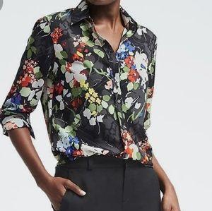 Banana Republic floral medium used blouse euc